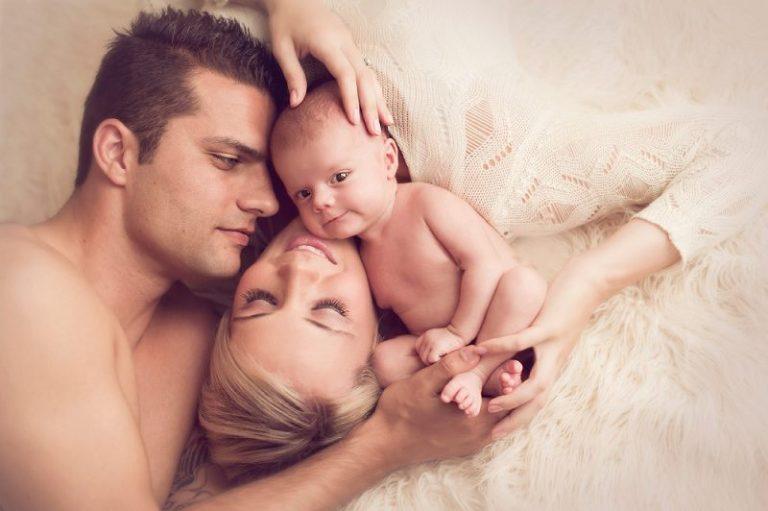 Natural delivery, multiple-pregnancy